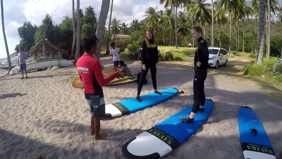 Semi Private Surfing lesson